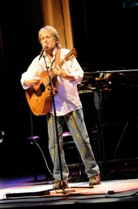Jon Anderson of Yes solo